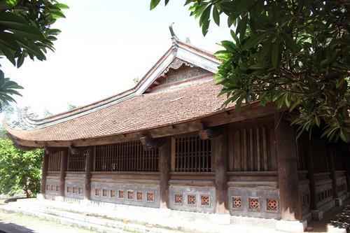 Cửa võng đình Thổ Hà được công nhận là bảo vật quốc gia
