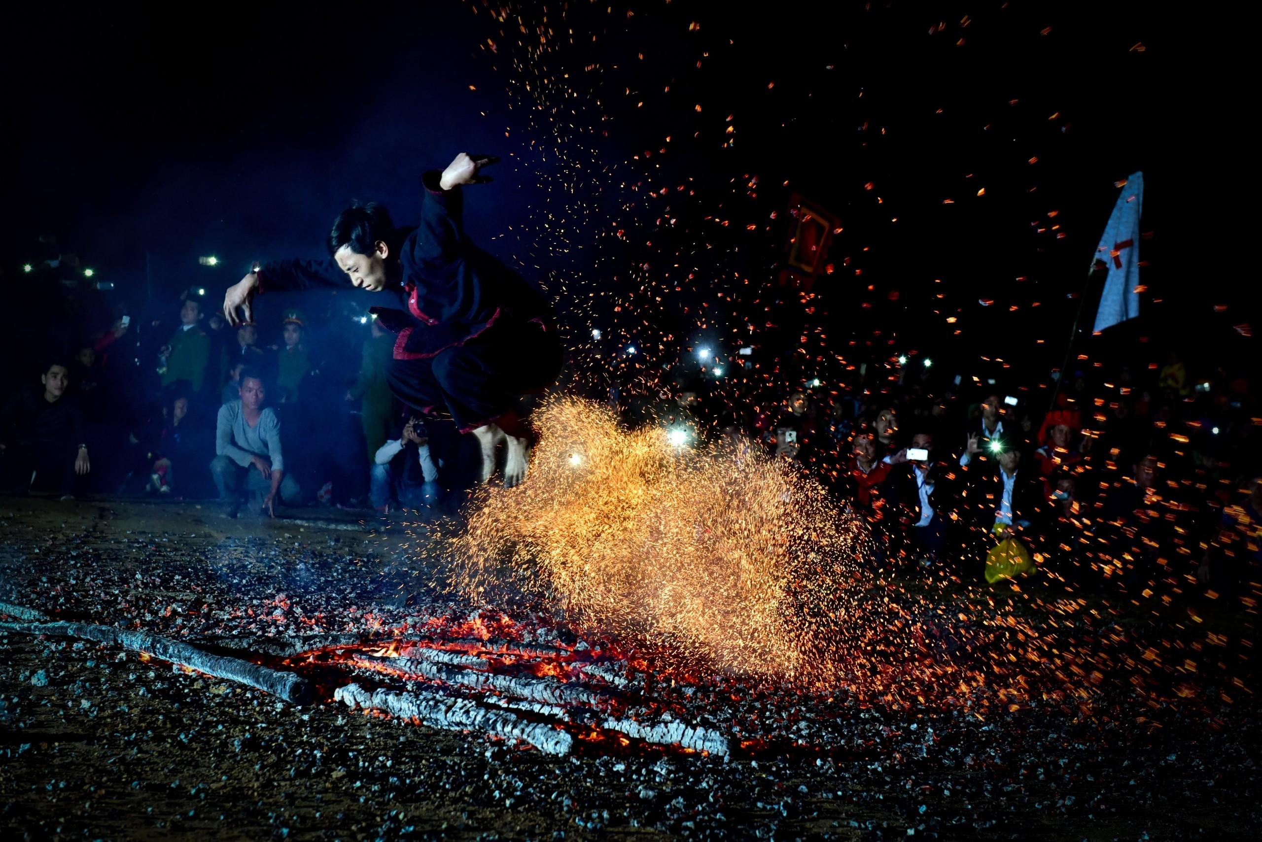 Fire festival of Pa Then - Lam Binh district