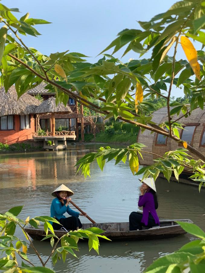 """Người phụ nữ """"thổi hồn quê"""" vào sản phẩm du lịch huyện Phong Điền"""