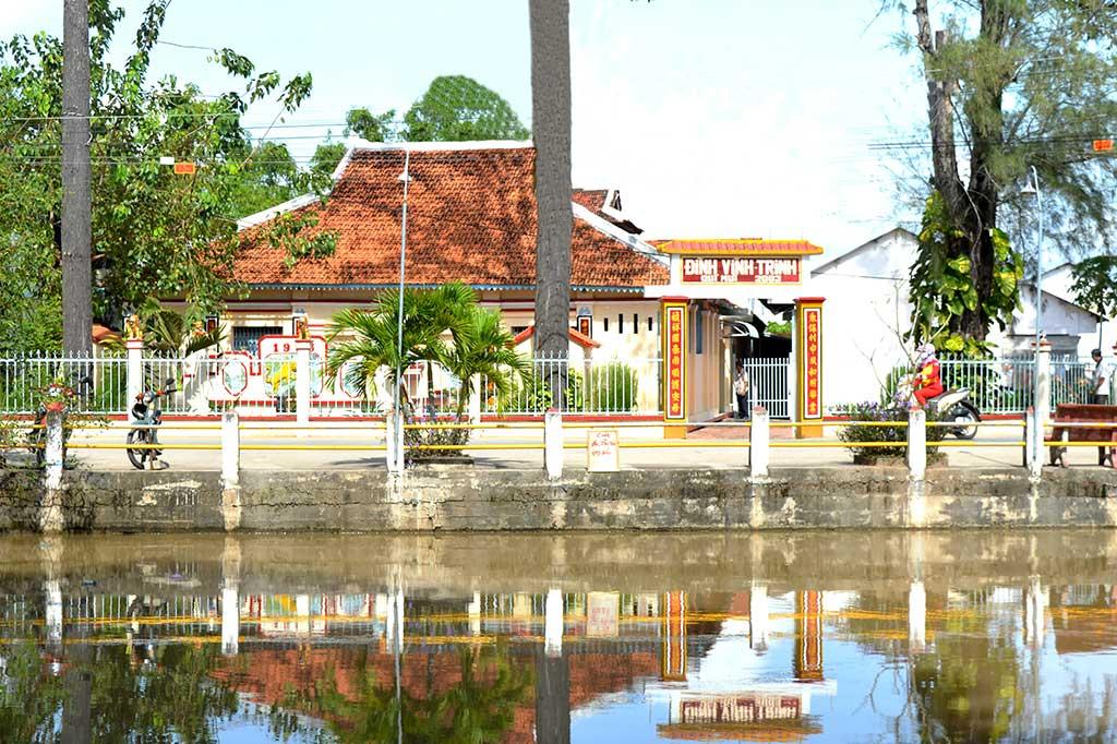 Đình Vĩnh Trinh